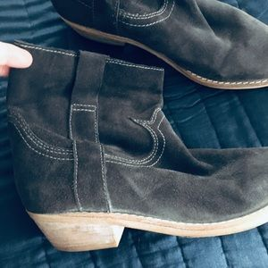 Sam Edelman Gray Suede Slip On Booties /Boots